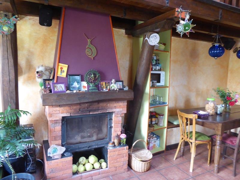 The livingroom at Albergue de Verde.