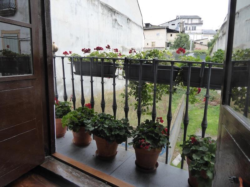 A great balcony at Albergue Leo in Villafranca.