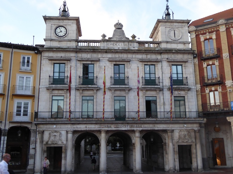 A building with 2 clocks in Burgos.