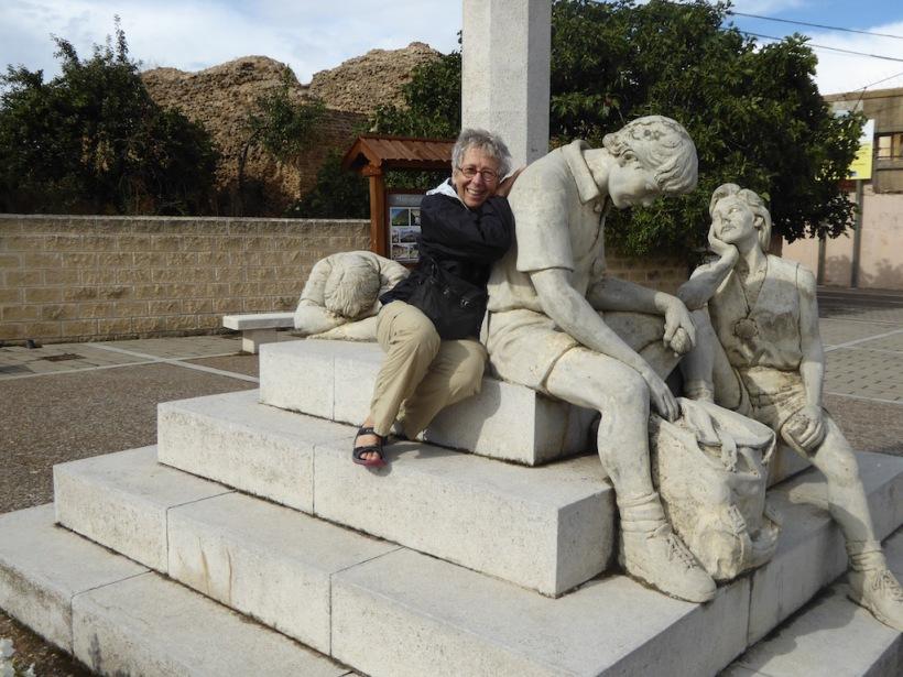 Sculpture in Mansilla de la Mulas