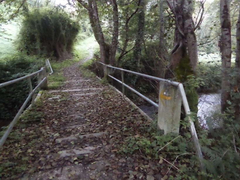 Bridge over river to Samos