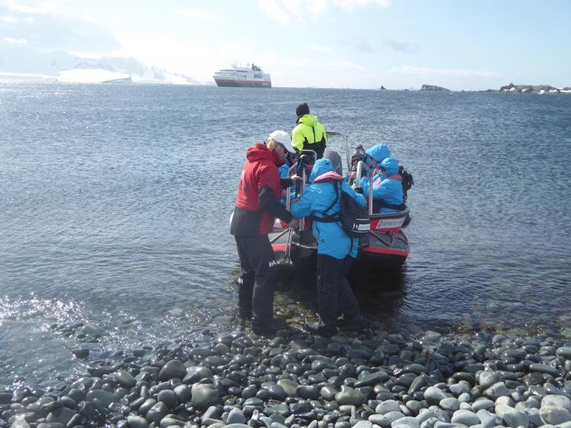 Boarding a PolarCirkel cruise boat.