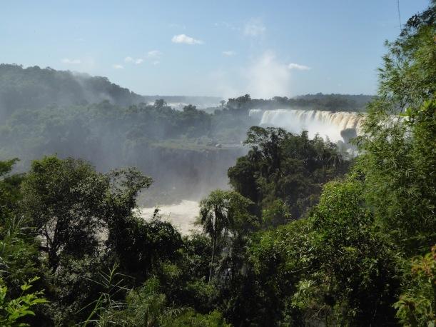 A view of Iguazú Falls