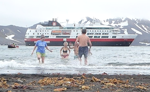 Running back from the Polar Plunge
