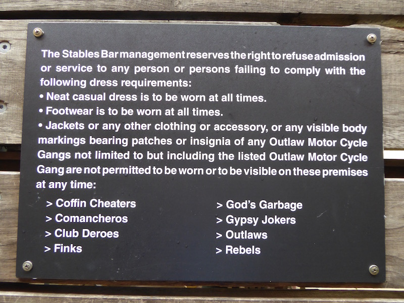 stables-bar-sign