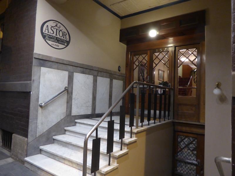 1-astor-hotel-1922