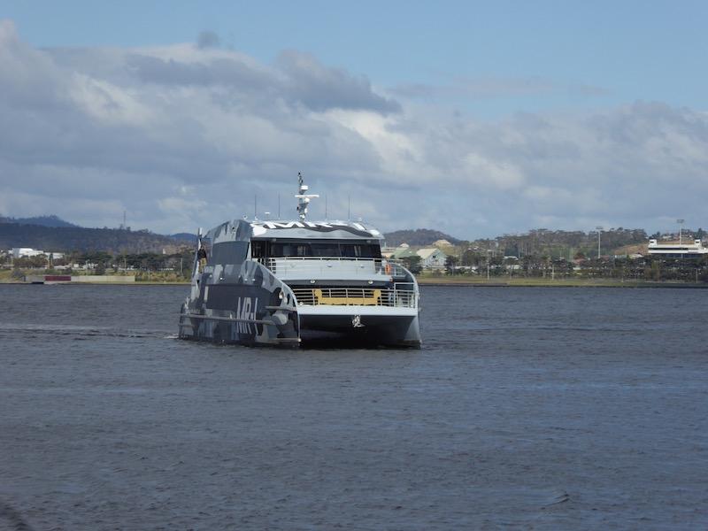 16-mona-ferry