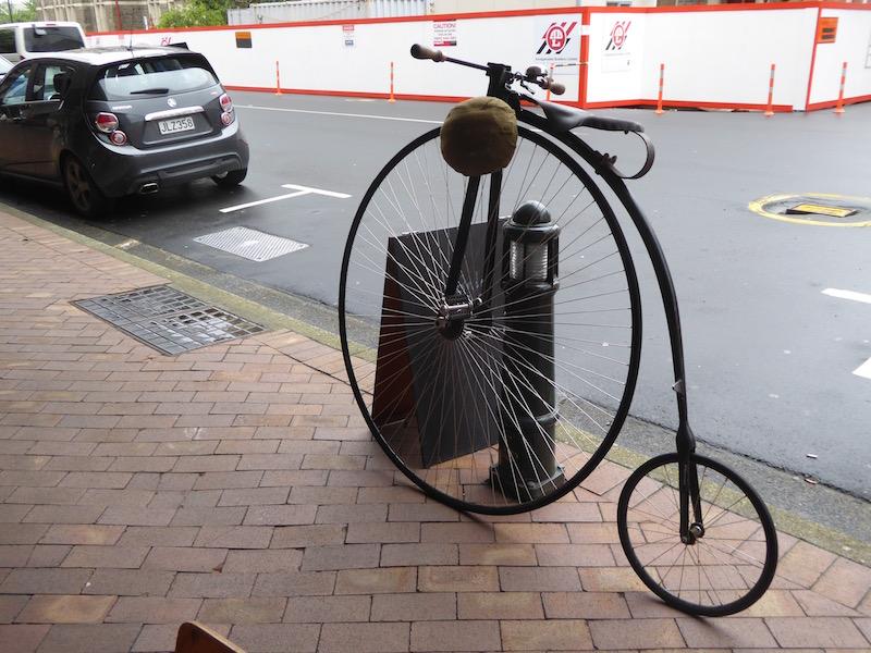 2-bike-in-dunedin