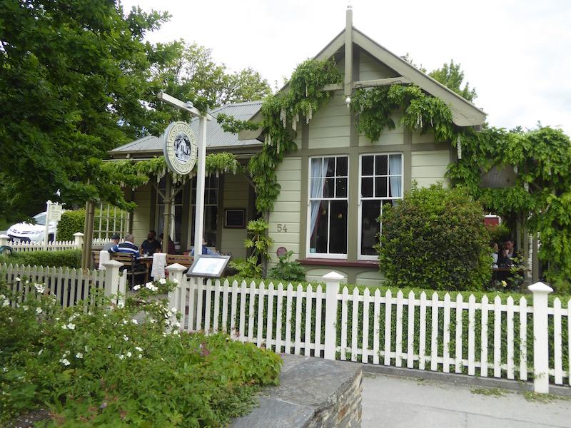 2-postmasters-restaurant