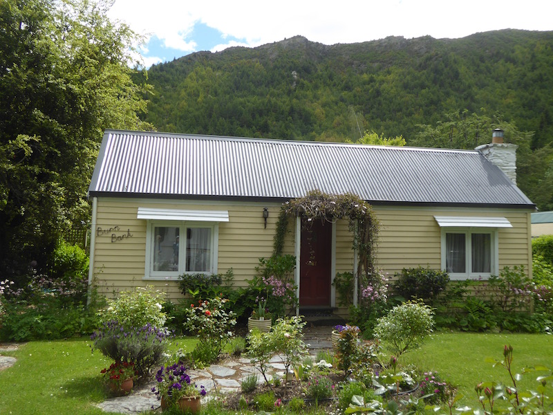 4-cottage-in-arrowtown