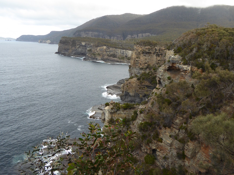 6-cliff-edge-by-tasman-arch