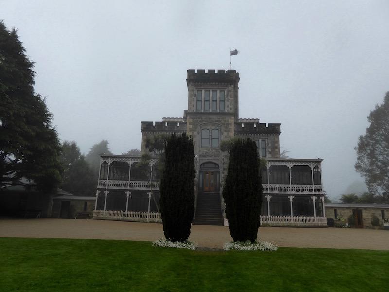 7-larnach-castle